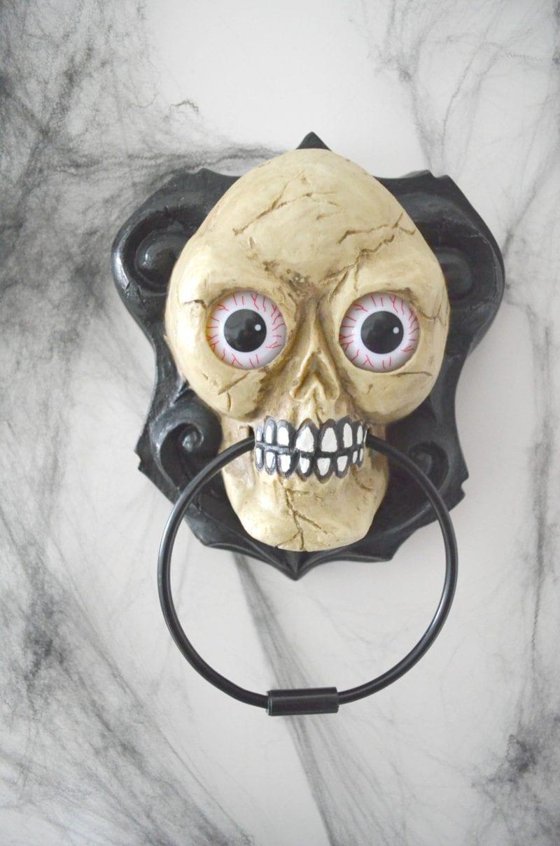 aldi-halloween-skull-door-knocker
