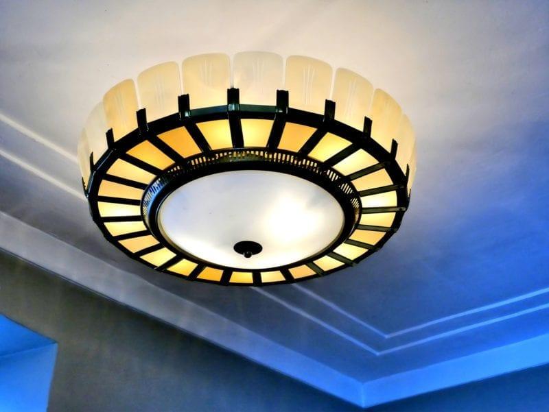 ceiling-lamp-1713725_1920